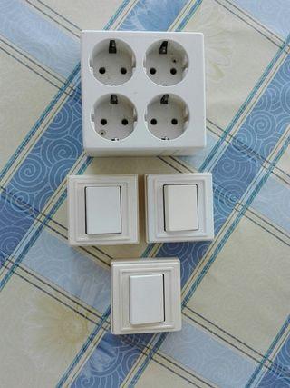 Interruptores y cuadro para enchufar