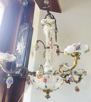 Lampara años 50 porcelana Flores latón y bronce