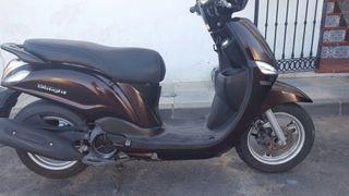 Yamaha delight 115 cc incluye. Casco 12000 km