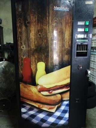 Maquina vending de bocadillos calientes