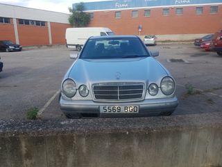 Mercedes-Benz Clase E 1998 gasolina falla embrague