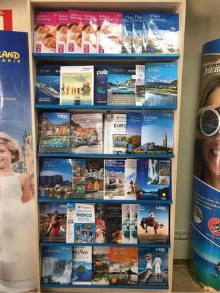 Armario estanteria librería agencia viajes