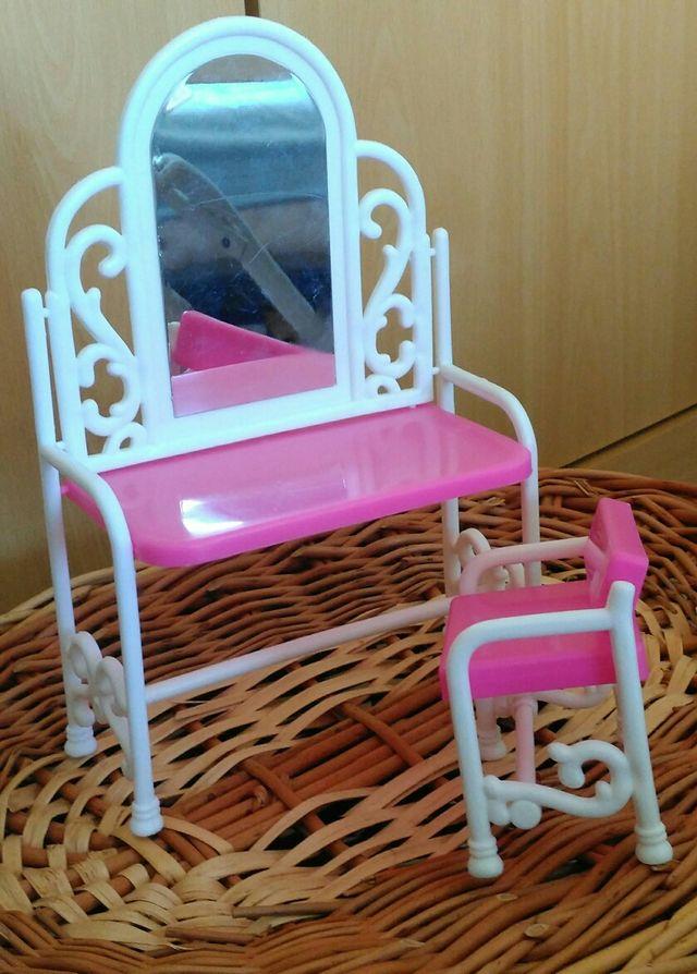 tocador y silla