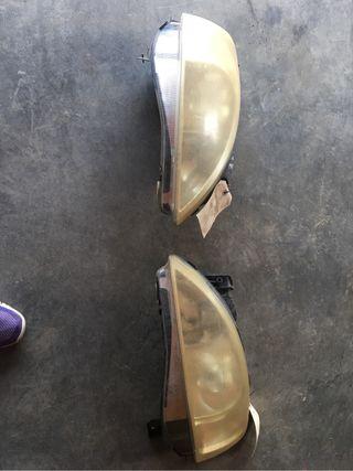 Faros de Opel Corsa del año 96