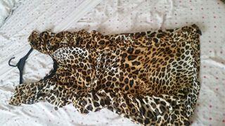Vestido leopardo volantes , talla 40