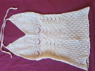 Top blanco crochet.