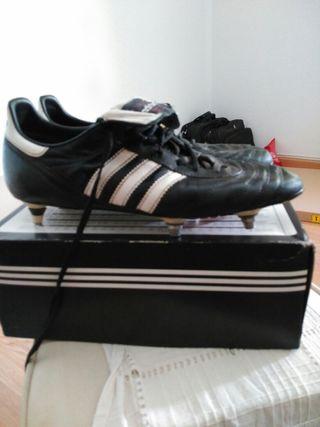 sports shoes 79e3a ca70a Botas de futbol Adidas copa mundial