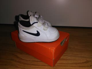 Tenis Nike bebé