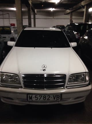 Mercedes-Benz Clase CLS 1997 automático ranchera.
