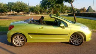 Peugeot 207 CC. 2007
