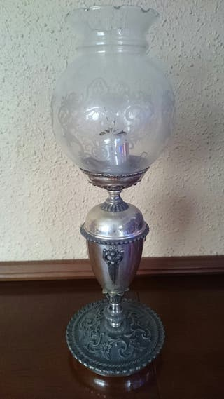 Lámpara mesa o mesilla antigua