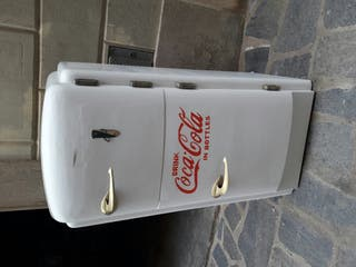 Nevera de hielo coca cola restaurada