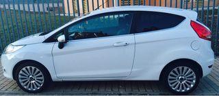 Ford Fiesta 1.6 TDCi Titanium blanco