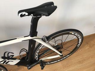 Bicicleta carretera carbono issac