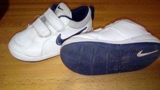 Zapatillas Nike T25