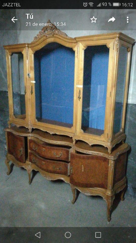 restaurador de muebles antiguos para tiendas de segunda