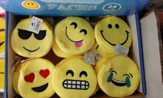 Monederos Emoji de peluche