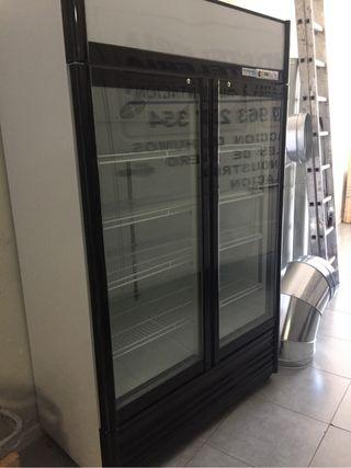 Expositor frigorifico bebidas
