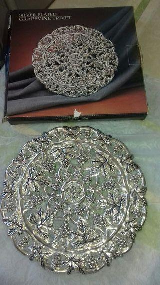 Cubremanteles de plata