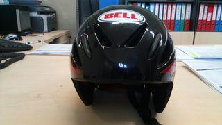 casco aerodinamico