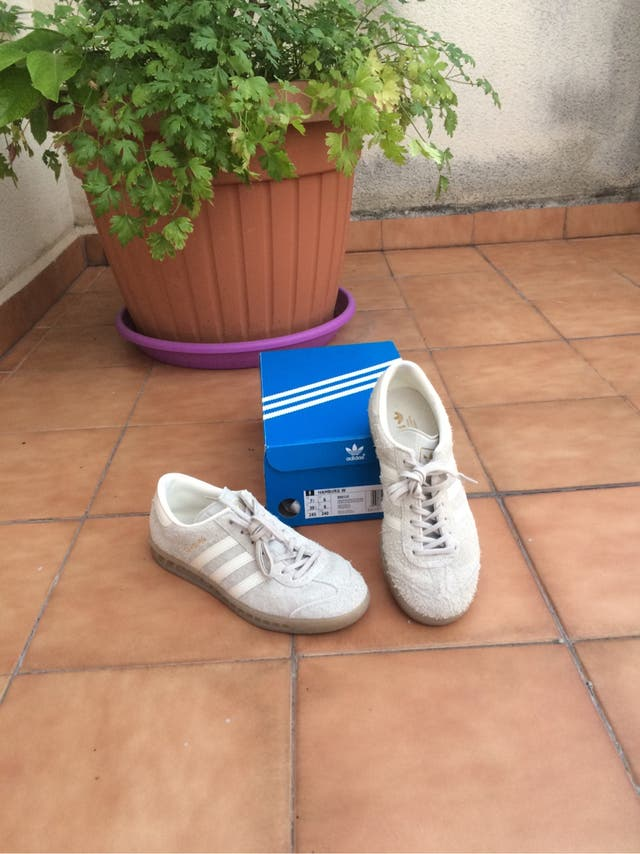 best sneakers deb91 ec34c Adidas Hamburg chica. Chollo!