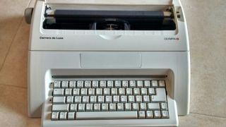 Máquina de escribir electrica Olympia