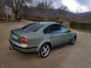 Volkswagen Passat 1.9 TDI 130 cv