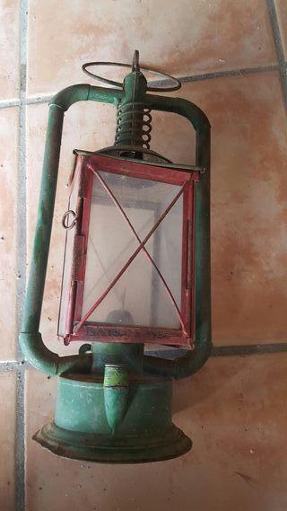 LAMPARA ANTIGUA DE FUEGO