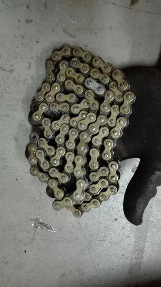 cadena 420 moto