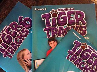 Libro inglés Tiger tracks
