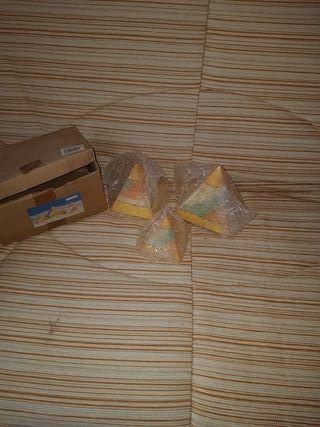 juego piramides