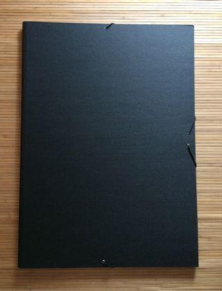 Carpeta A2 negra