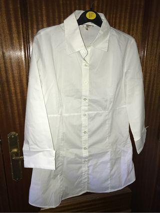 URGE VENTA Camisa Blanca Stradivarius