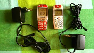 Pareja móviles retro Alcatel