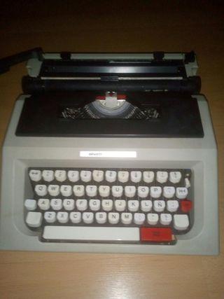 Maquina de escribir - Olivetti Lettera 42