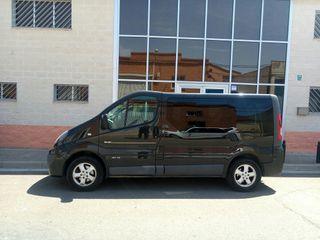 Renault Trafic 2013 Passenger Black Edition