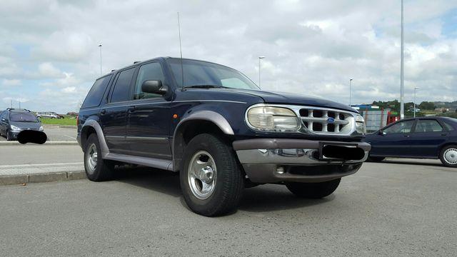 Ford Explorer 4L