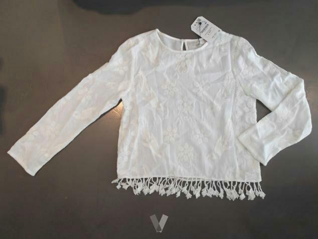 e4a545a53bb4 Top blusa ZARA 36 blanca bordada flecos NUEVA de segunda mano por 10 ...