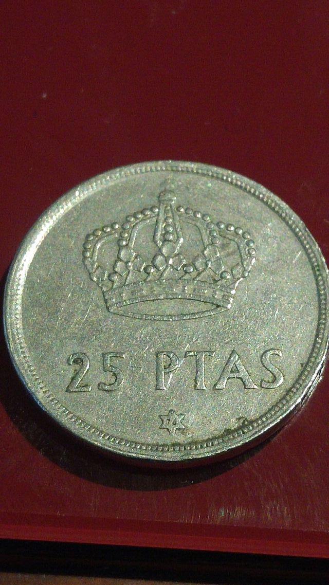 moneda de 25 pesetas