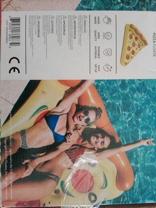 flotador pizza agua