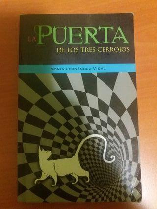 """Libro """"La puerta de los 3 cerrojos"""""""