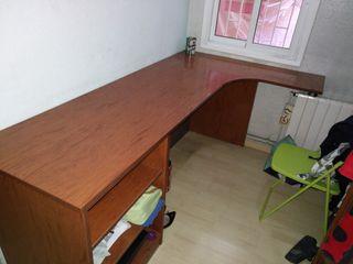 Mesa esquinera ordenador