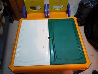 Mesa y 2 sillas Imaginarium