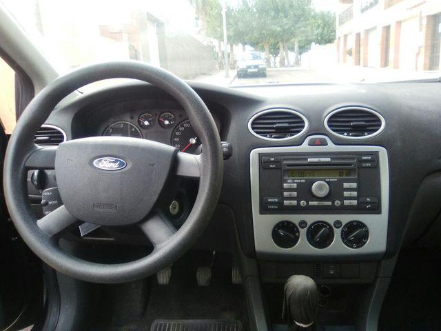 Ford focus familiar
