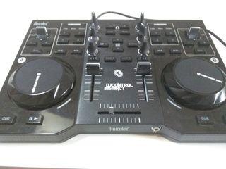 Mesa de Mezclas - Hercules DJ