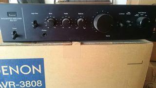 Amplificador audio Sansui