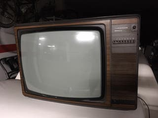 Televisor color antiguo