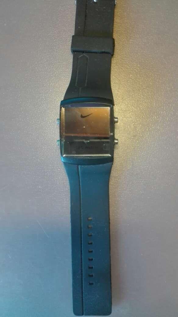 muy bonito cb958 335a4 Reloj digital nike deportivo de segunda mano por 10 € en ...