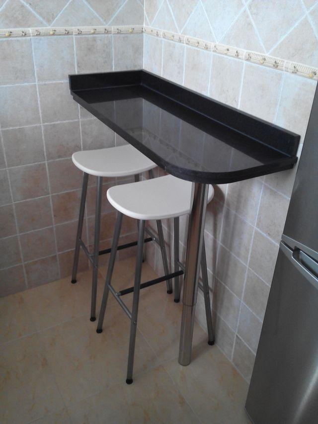 Mesa cocina de mármol. Barra de cocina de segunda mano por 50 € en ...