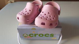 Crocs originales Rosa talla 17 - 19